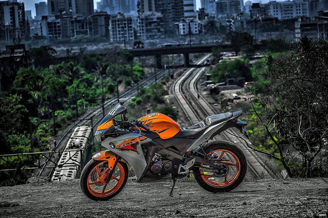 cb edits bike Background